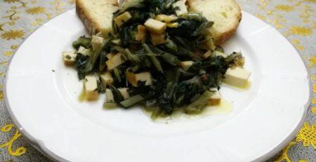 Tofu con cicoria ripassata